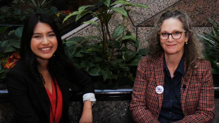 """Laura Smits de la Liga de Mujeres Votantes de CT: """"Las mujeres somos la columna vertebral de la sociedad"""""""
