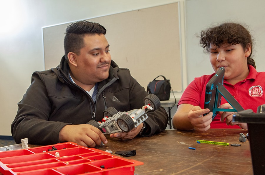 Afterschool program focuses on robotics and nutrition