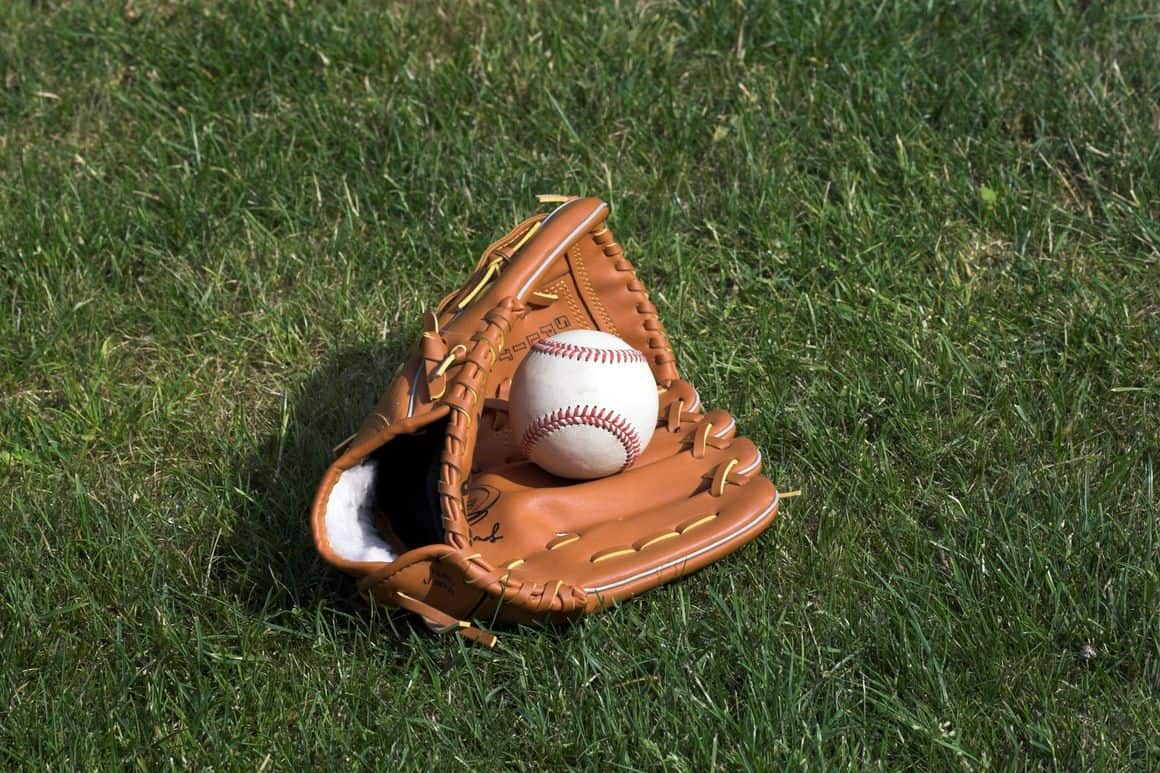 """New Haven baseball academy focuses on teaching the game """"the right way"""""""