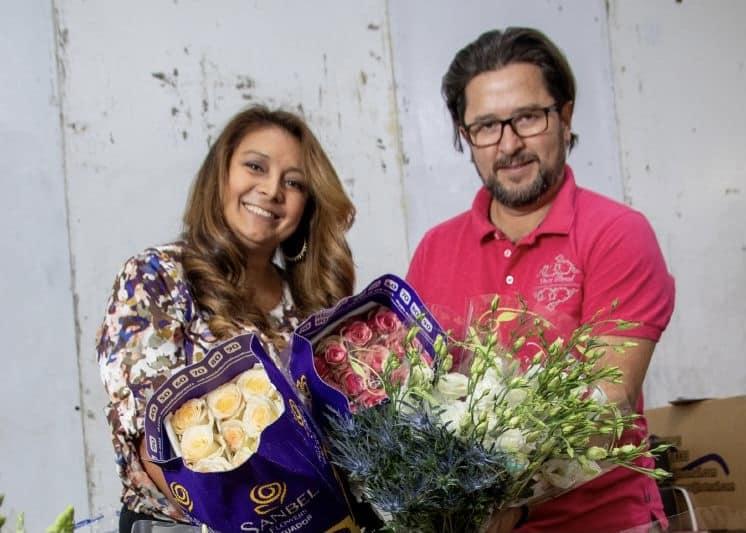 Radio and flowers – Ecuadorian couple lives the American dream